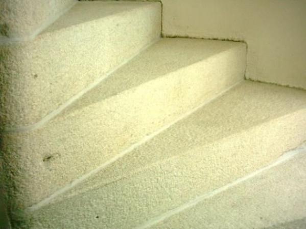 Foto: RENOVACE KAMENE POKORNÝ, schodiště po renovaci
