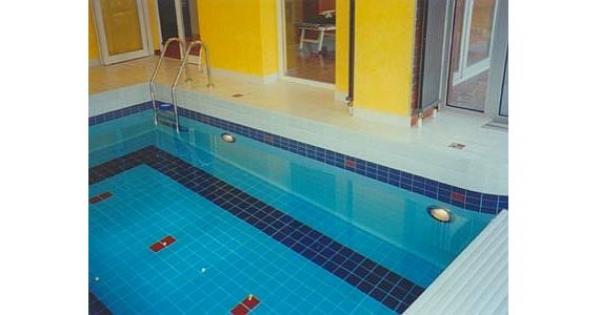 Foto: Bazény Waltr, betonový bazén s keramickým obkladem