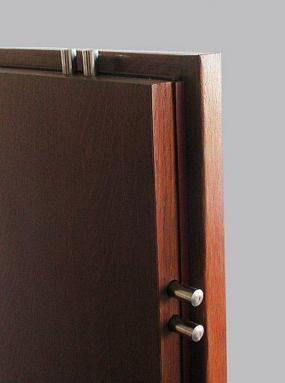 Foto: www.sherlock-bohemia.cz, nejprodávanější vchodové bezpečnostní dveře F6-4N
