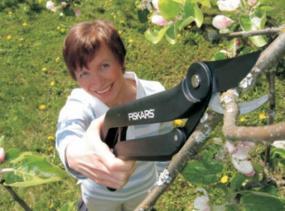 Univerzální pákové nůžky (www.fiskars.com)