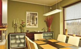 Obr: VELOX - HOFFMANN, osvětlení obývacího pokoje a na zakázku realizovaný krb
