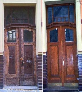 Foto: Vladislav Bartůněk, renovované vchodové dveře