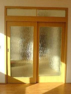 Foto: Vladislav Bartůněk, nové dveře posuvné