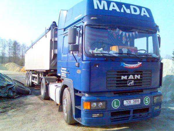 Foto: ANTONÍN MANDA - AUTODOPRAVA, doprava sypkého materiálu