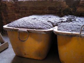 Foto: Českomoravský beton, MALMIX® plné vaničky na stavbě, připravené ke zpracování