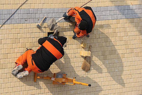 Ilustrační foto (www.shutterstock.com), betonová zámková dlažba