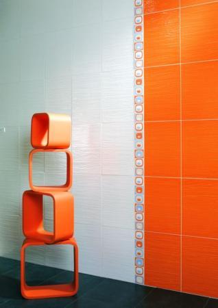 Foto: www.stepanek-koupelny.cz, Obklad Marea, opět kombinace decentního základu a pestrého odstínu