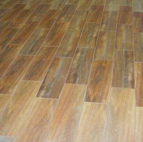 Foto: www.stepanek-koupelny.cz, Dlažba FOREST, imitace dřeva