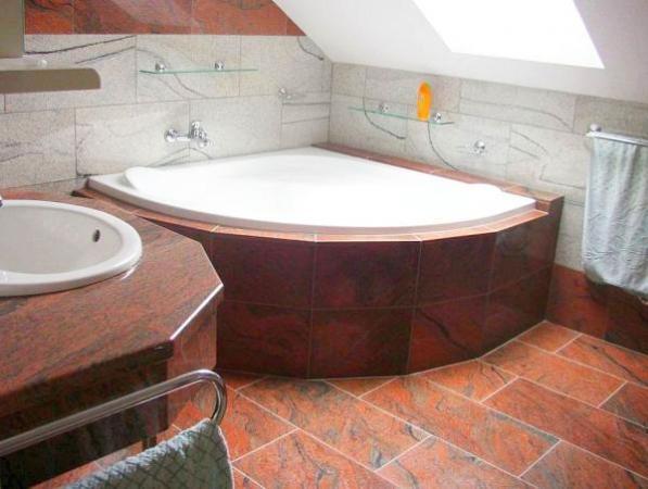 Foto: www.mozaika-lozard.cz, přírodní kámen