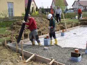 Foto: Českomoravský beton, betonáž základové desky