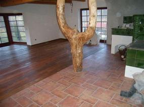 Foto: PODLAHY HEBÍK Petr, masivní dub, prkna - rošty