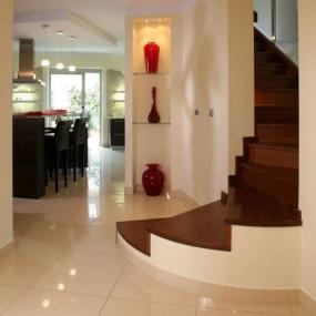 Ilustrační foto (www.shutterstock.com), osvětlení dekorativních&nbsppředmětů ze stěny