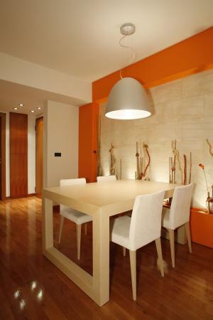 Ilustrační foto (www.shutterstock.com), osvětlení jídelního stolu