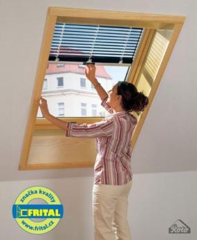 Foto: FRITAL, dřevěná střešní okna