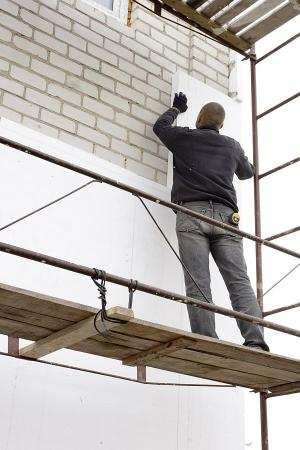Ilustrační foto (www.shutterstock.com), práce na lešení