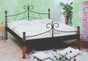 Foto: Centrum nábytku Gold 2, postel Garda