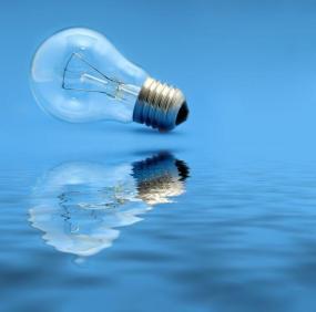 Ilustrační foto (www.shutterstock.com), klasická žárovka