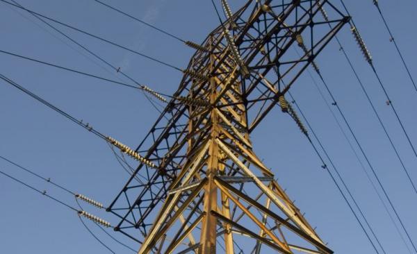 Ilustrační foto (www.shutterstock.com), vysoké napětí - distribuce elektřiny