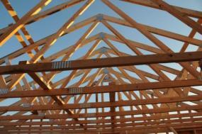 Foto: www.shutterstock.com, vazníkový krov