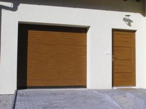 Foto: CONTOUR, rolovací garážová vrata