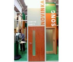 Foto: www.solodoor.cz, výstavní expozice - dveře SONG