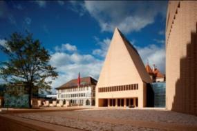 1. cena  - Zemské fórum a Zemský parlament Lichtenštejnského knížectví