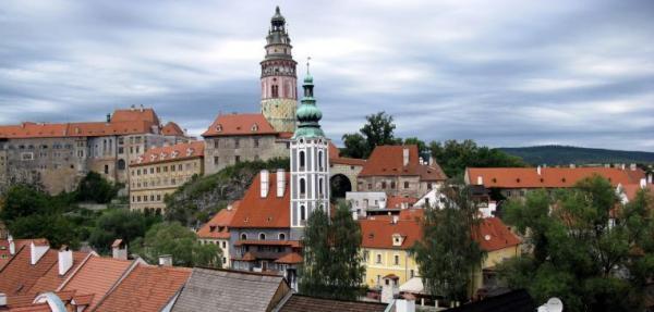 Ilustrační foto (www.shutterstock.com), pohled na Český Krumlov s dominantou zámku a zámecké věže