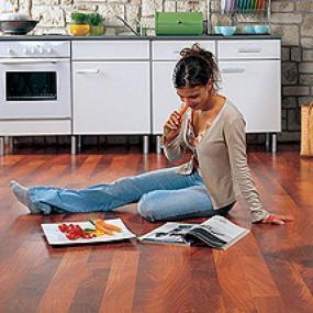 Foto: Lerch podlahy, laminátová podlaha Witex Marena Impression - Mahagon indonézský