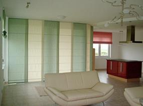 Foto: COLORTOP, panelové posuvné stěny