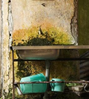 Ilustrační foto (www.shutterstock.com), degradace zdiva a omítky, jak má být