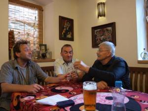 Foto: ČESKÉSTAVBY.cz, jeden z mnoha přípitků
