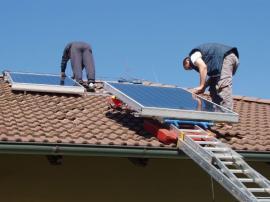 Foto: Regulus, instalace solárních panelů