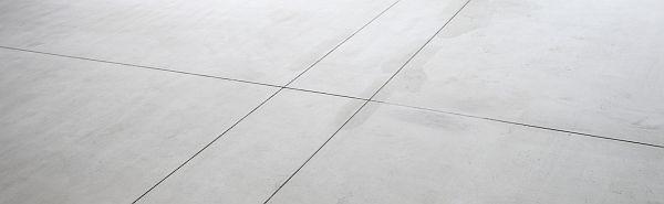 Foto: ESTRA, dekorativní beton v budově Ústavu průmyslového designu