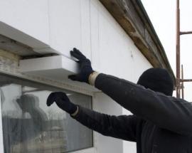 Ilustrační foto (www.shutterstock.com), kontaktní izolace stěny polystyrenem