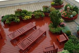 Ilustrační foto (www.shutterstock.com), řešení zeleně na ploché střeše mobilními nádobami