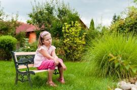 Ilustrační foto (www.shutterstock.com), posezení v běžné zahradě