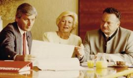 Foto: Internorm, 2. generace (zleva): Helmut Klinger, Eleonore Kubinger a Eduard Klinger junior.