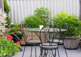 Ilustrační foto (www.shutterstock.com), řešení zelené střechy mobilními nádobami