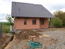 Foto: www.uspornedomy.cz, čekají nás terénní úpravy