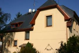 Foto: KVB - Stav, zateplená fasáda a nová okna rekonstruovaného domu