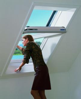 Kyvné střešní okno je pro výhled ven velmi nepraktické
