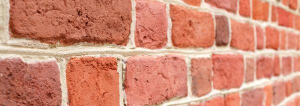 Ilustrační foto (www.shutterstock.com), plné pálené cihly - pohledové řešení