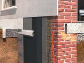 Izolace soklu budovy