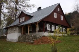 Bezúdržbová profilovaná krytina Lindab Topline – skvělá volba pro rekonstrukci eternitových střech!