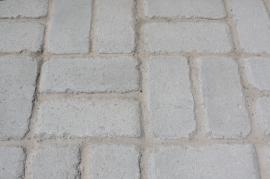 Foto: KB - BLOK, velkoplošná dlažba grind