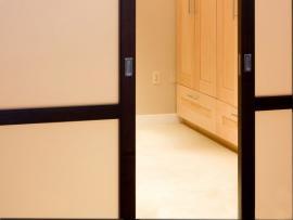 Ilustrační foto (www.shutterstock.com), detail posuvných dveří