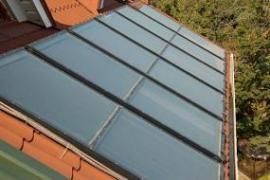 Ilustrační foto (www.shutterstock.com), solárně termické kolektory