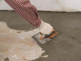 Ilustrační foto (www.shutterstock.com), stěrkování podlahy