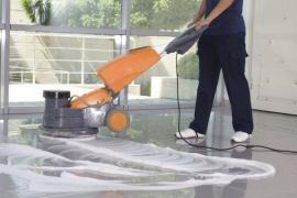 Ilustrační foto (www.shutterstock.com), strojové čištění podlahy