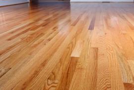 Ilustrační foto (www.shutterstock.com), dřevěná podlaha